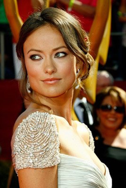 arrives at the 60th Primetime Emmy Awards at the Nokia Theater on September 21, 2008 in Los Angeles, California.