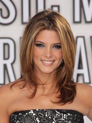 ashley-greene-at-arrivals-for-2010-mtv-everett