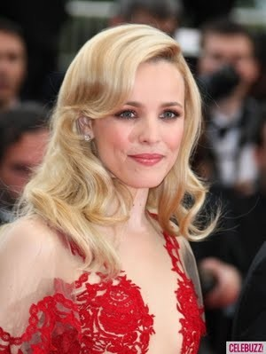 rachel-mcadams-at-the-midnight-in-paris-premiere-at-cannes-1-435x580