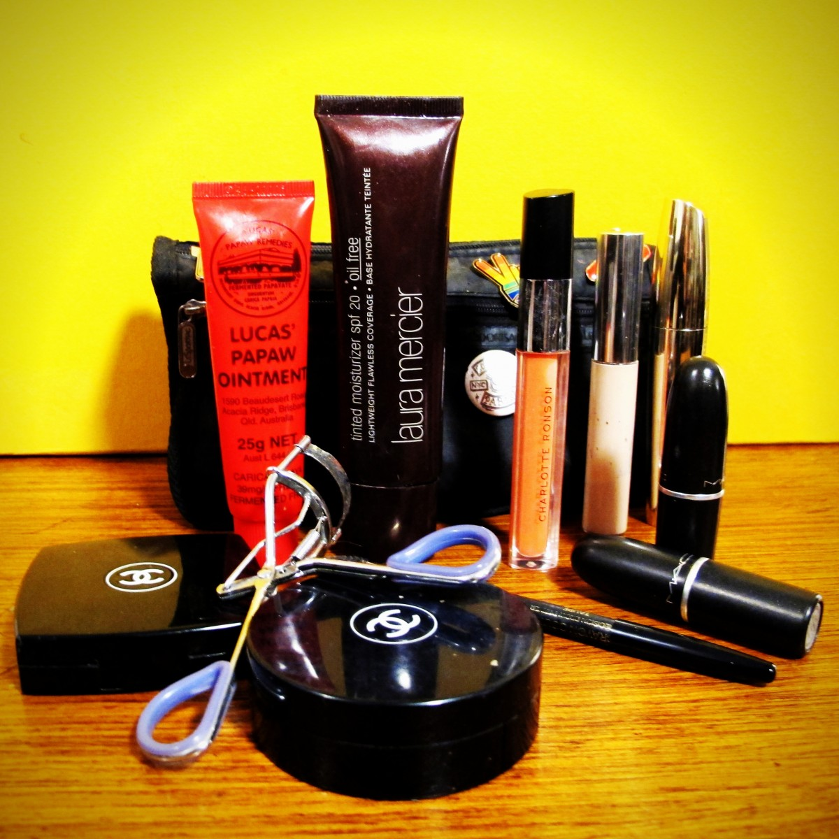 chrissie_miller_makeup_bag