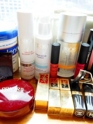 eugenia_gonzalez_makeup_bag