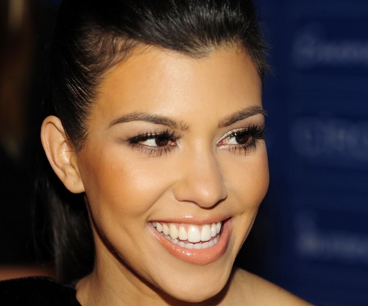 Kourtney-Kardashian2