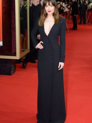 dakota-johnson-black-dress-fifty-shades-grey-berlin-premiere-2015-h724