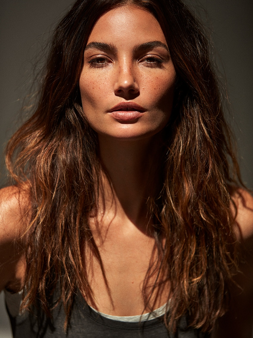 Telva-Magazine-June-2017-Lily-Aldridge-by-Tomas-de-la-Fuente-7