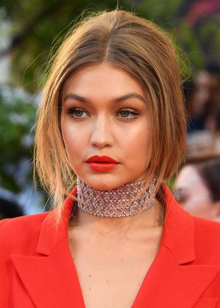 gigi-hadid-attends-the-muchmusic-video-awards-in-toronto_4