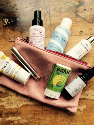DARA MAKEUP BAG