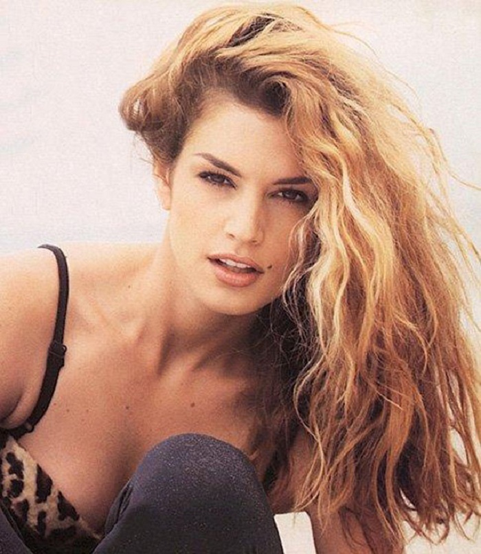 06-yg54-90s-hair-supermodel-Cindy-Crawford1