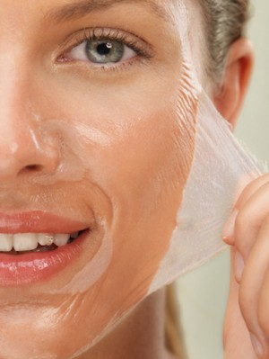 Glycolic-Peel-Mask-model-square-
